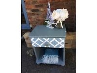 Drawer bedside table with geometric detail
