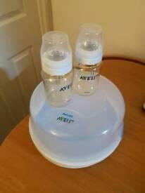 Avent microwave steriliser and 2 bottles