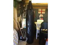 Punch bag gloves hook new condition Reebok