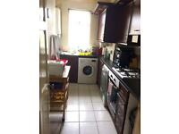 Two bedroom ground floor flat on rent at scotstoun