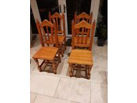 Set of 4 wooden chairs