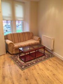 1-bedroom flat to rent in West End
