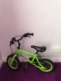 Appolo bike for 3-5 years old very stable no stabilisers