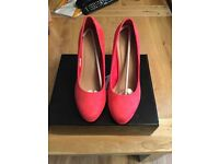Brand new Suede shoes size 6