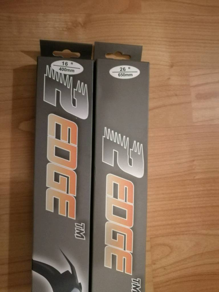 "26"" and 16"" aero flat wipers"