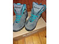Women's Hiking Boots UK size 5