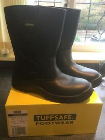 Tuffsafe breathable lined S3 rigger boot