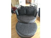 Sofas swivel chair for sale and in mint condition also comes with the cusions, bought from dfs