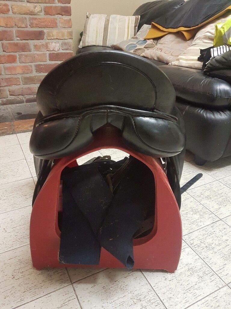Black Albiom SLK dresssge saddle