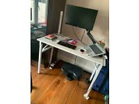 Foldable office desk (white)