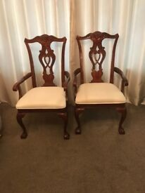 Mahogany dining table 6 chairs including 2 carvers
