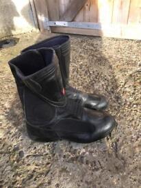Hein gerike boots size 9