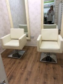 2x cream salon hair dressing chairs