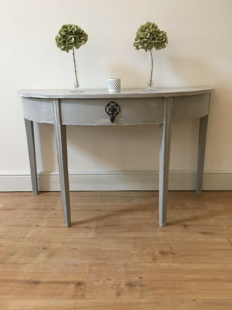 Pretty Vintage Shabby Chic Side End Console D Half Moon Shaped Table