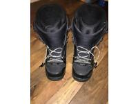 32 Snowboard boots size 9 great condition