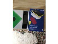 Nokia 830 + case+ Nokia wireless charger