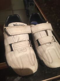 Boys Lonsdale trainers size 10