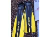 Yellow Cressi Dive Fins - hardly used
