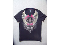 Next man's 100% cotton V-neck, short sleeve black,rhinestone-effect skull t-shirt.Size small.£4 ovno