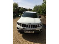 White Jeep Compass Sport 2014 for SALE.