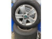 Skoda 15 inch wheel set