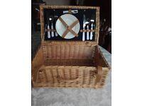 New Wicker picnic basket