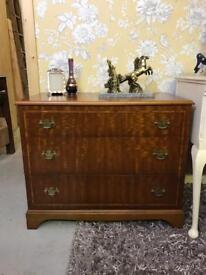Low chest of drawers / TV cabinet with drawers