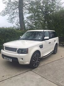 Range Rover Sport HSE Excellent Vehicle and Colour Combination