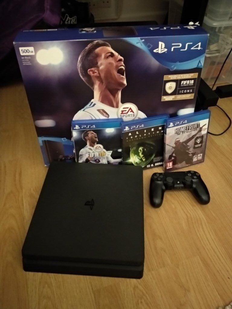 PS4 slim + 6 games on warranty like new