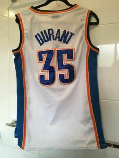 KEVIN DURANT basketball shirt size 44