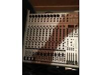 Behringer eurorack UB2442FX-PRO mixer and europower EP1500 amp