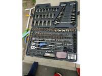 Halfords Tool kit socket set