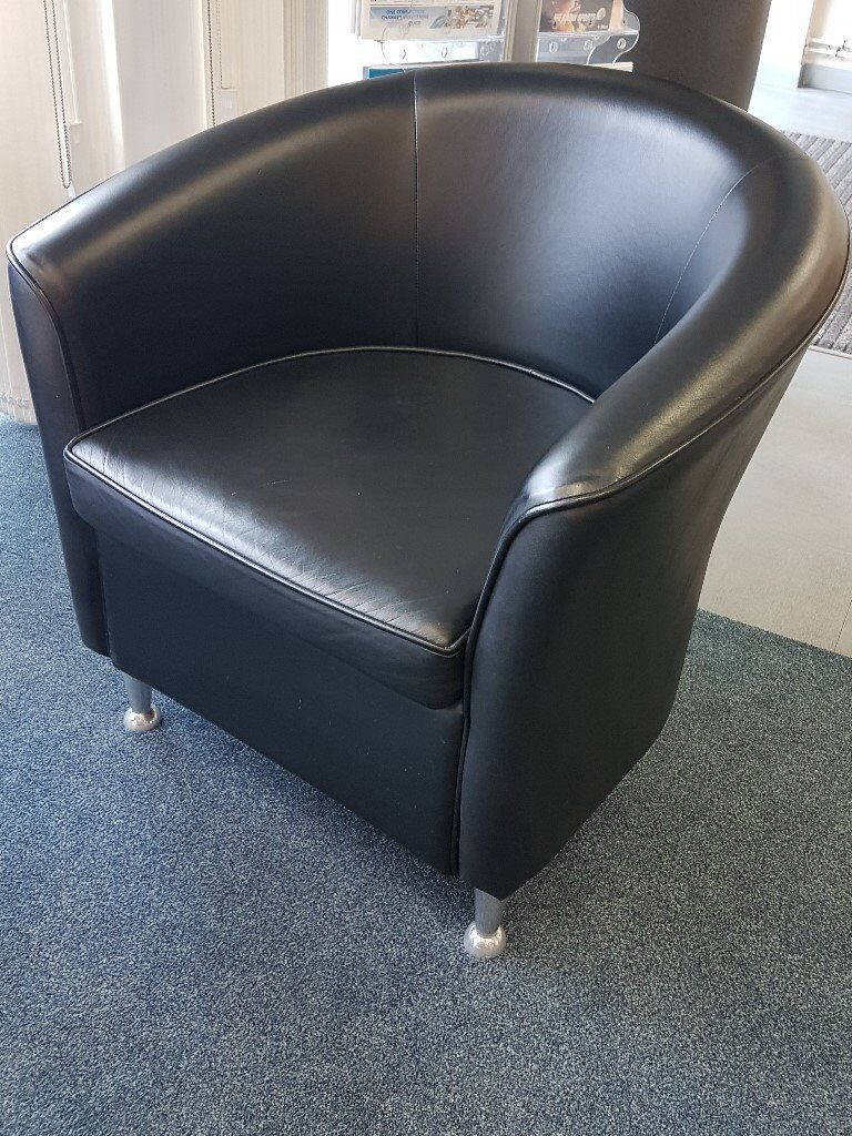 Pair of Black Leather Tub Chairs for Sale