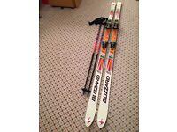 Blizzard Absorber Thermo V20 skis, Tyrolla bindings, R30 200cm plus ski poles