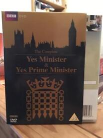 Yes Minister and Yes Prime Minister complete DVD boxset