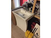 Number 7 wash hand basin ex display