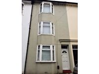 Great Student House. 4 Double Bedroom, Furnished, close to Universities.