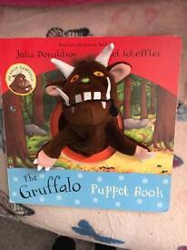 Gruffalo puppet cardboard book