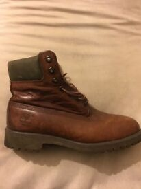 TIMBERLAND CLASSIC BROWN LEATHER BOOTS SIZE 8 EXCELLENT CONDITION