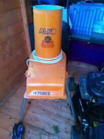 Alko H1100 garden chipper