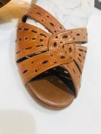 *Clarks* Brand New Tan Open Toe Sandal