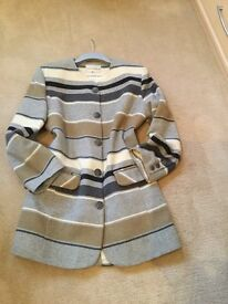 LADIES FITTED JACKET - USED BUT IMMACULATE. SIZE 10