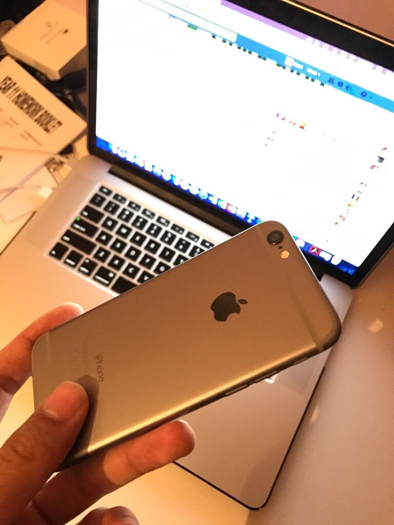 Apple iPhone 616GBSpace GreyUnlockedin Luton, BedfordshireGumtree - APPLE IPHONE 6 SPACE GREY, 16GB MEMORY SIZE 16GB THE APPLE IPHONE HAS BEEN KEPT FROM NEW AND IPHONE HASNT GOT A SINGLE MARK ON IT AND IS LITTERALLY BRAND NEW FULLY UNLOCKED TO ALL NETWORKS... READY TO POP YOUR SIM CARD IN AS A COMPANY WE CAN OFFER 12...