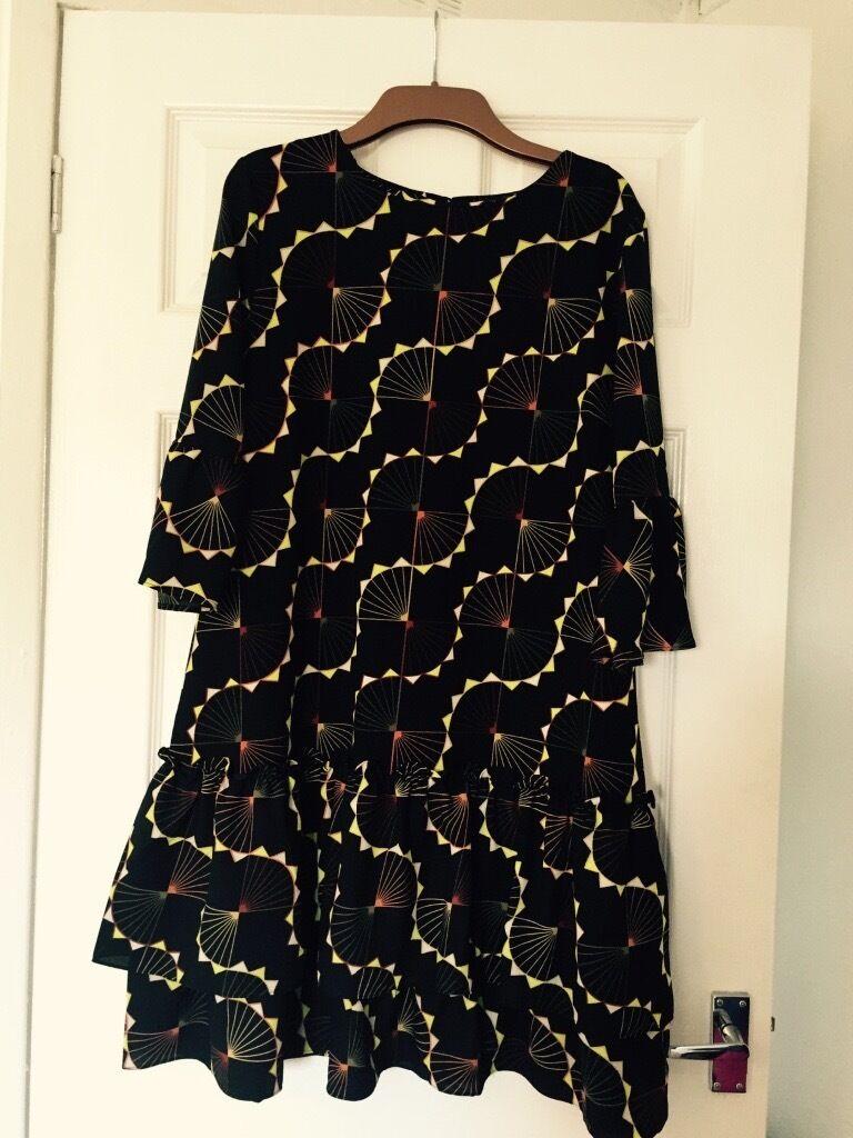 Black Geo Ruffle Sleeve Dress