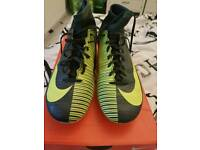 Football boots nike cr7