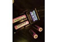 Nitecore D2 + Four Authentic LG High-Drain 18650 Batteries Only Two Months Old.