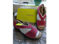 ladies hotter DOTTY-DITTY nubuck sandals size 8