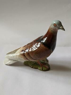 Beswick Bird -  Pigeon No.1383B In Red Gloss.