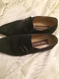 Men's designer shoes reduced.
