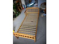 Toddler bed (plus mattress, mattress protector and sheet if wanted)
